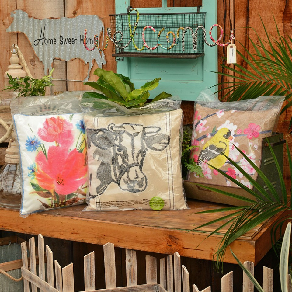 Oak477_Blog_AssortedOutdoorPillows